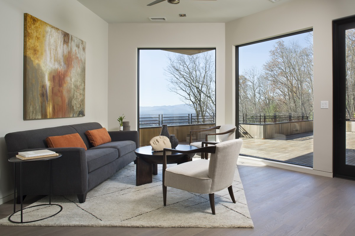 Interior Designer: Tally Roberts